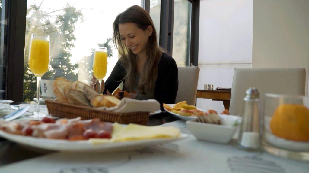 Champagne breakfast at Hotel President